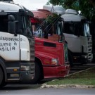 Caminhoneiros querem que o governo federal defina um frete mínimo para garantir operação