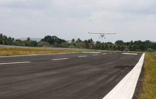 Avião pousando em Guanambi (BA)
