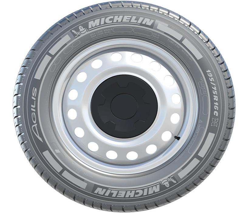 michelin lan a pneu agilis para comerciais leves transporte moderno. Black Bedroom Furniture Sets. Home Design Ideas
